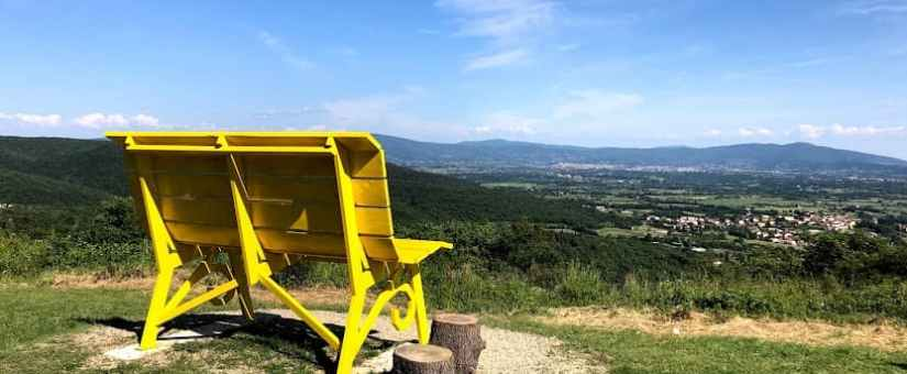 Le panchine giganti in Toscana del progetto Big Bench