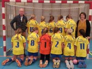 Borhave D1 seizoen 2013-2014 met shirtspons achterzijde: Ensink Mode (Almelo)