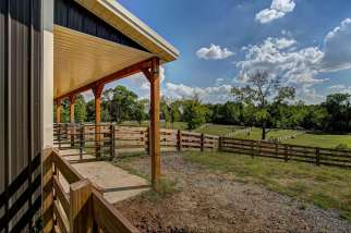 equine-barn-construction