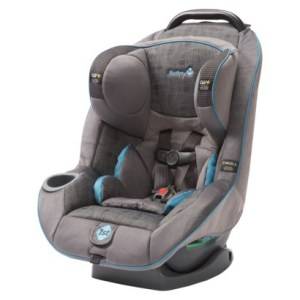 Born 2 Impress Holiday Gift Guide-  Safety 1st Advance 70 Air + Car Seat