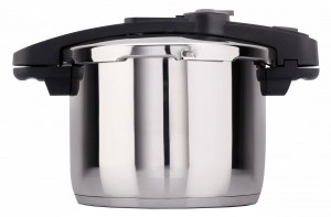 These Holidays, Make Your Life Easier With The Fagor Chef pressure cooker!