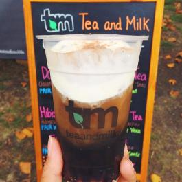 Bubble tea taken to the next level. @teaandmilkny's Dark Roasted Oolong Tea topped with signature milk crema and organic cacao. Yum! #bubbletea