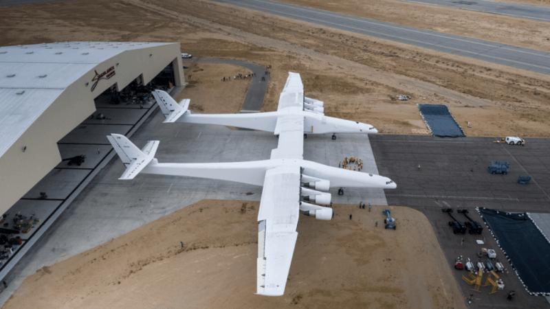 pesawat terbesar di dunia stratolaunch