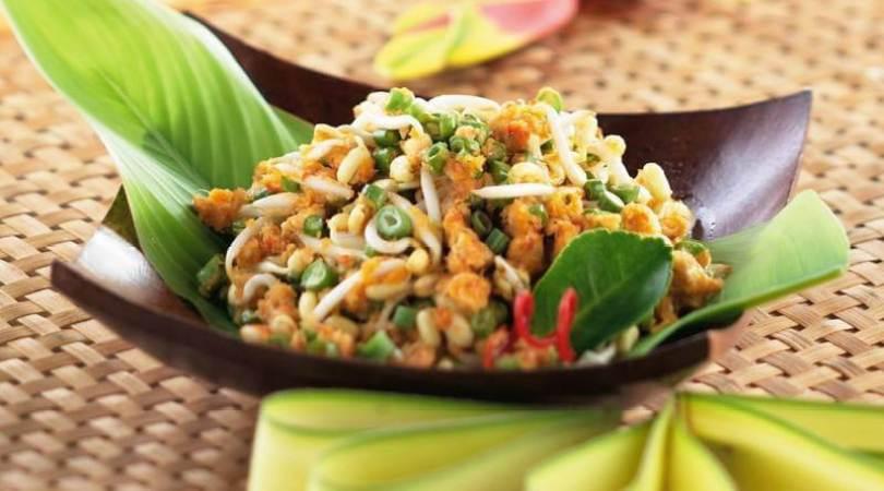 Makanan khas Bali Lawar