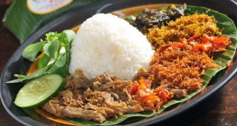 Makanan Khas Bali Nasi Tepeng