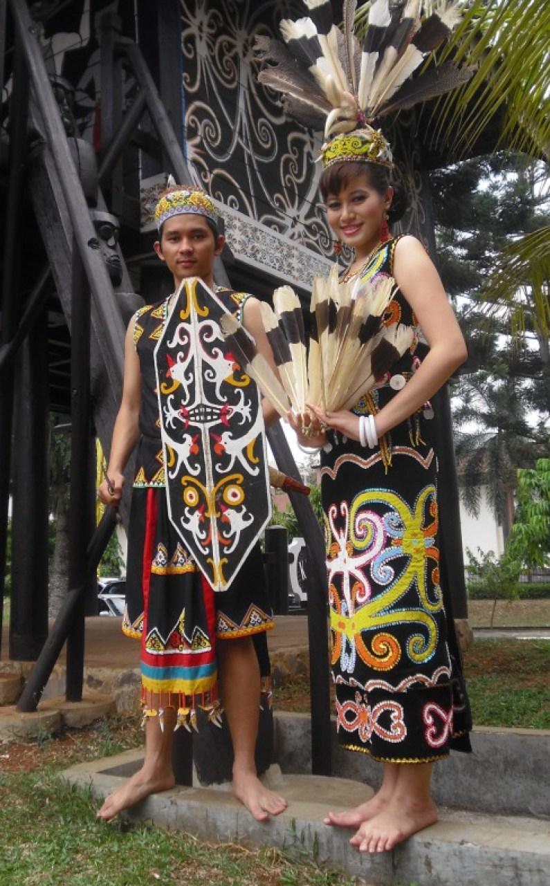 Pakaian Ta'a Sapei Sapaq