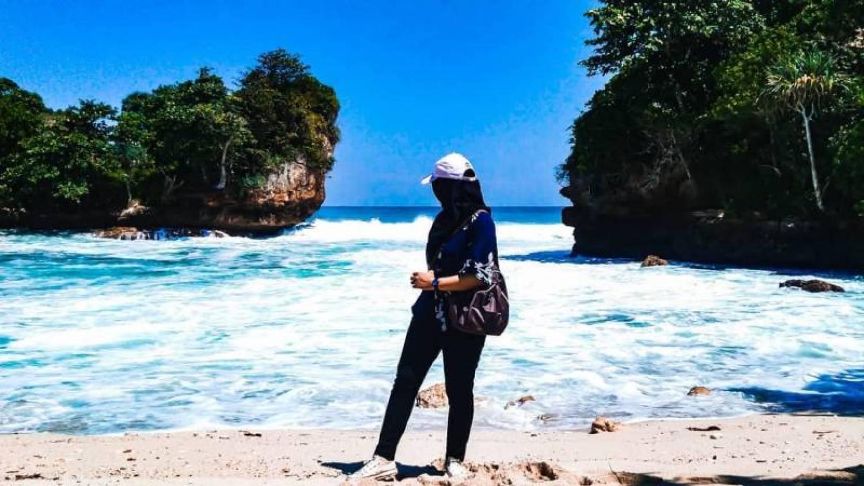 Pantai Bengkung Malang