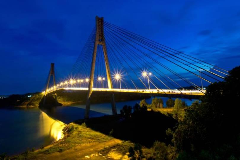 Jembatan Barelang Malam Hari