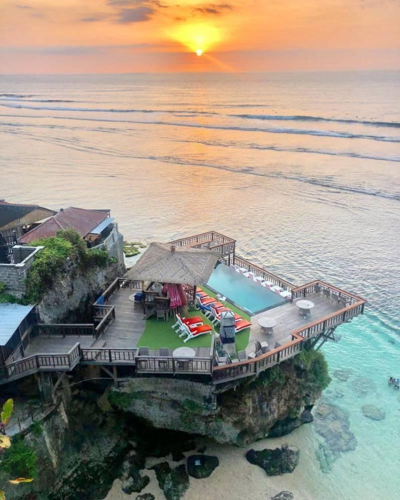 Uluwatu Beach Bali