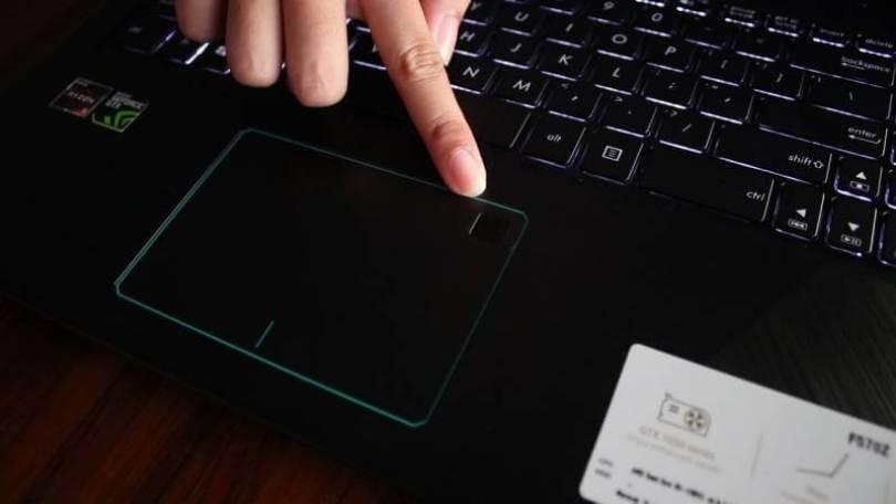 Fingerprint pada ASUS VivoBook Pro F570ZD