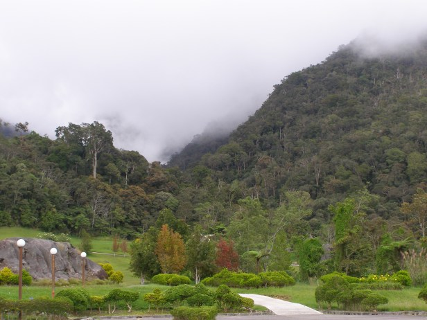 Kinabalu Golfcouse at the entrance to Mesilau .JPG