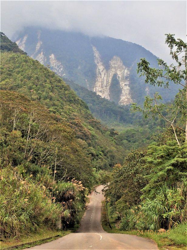 4. Landslide above Mesilau river. Oct. 2015 AP.JPG