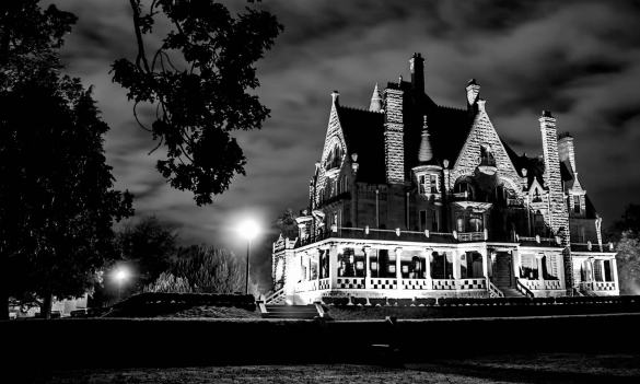 Top 5 Spooky Travel Destinations for Halloween