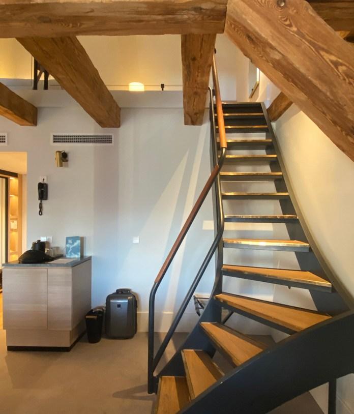 Admiral hotellet, trappe og værelse