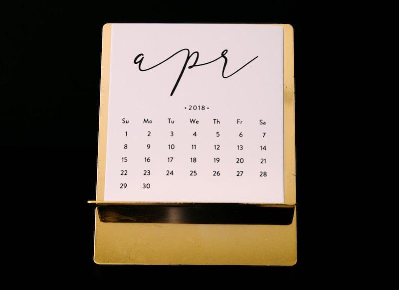 Dates and Times in SQL Server: DATENAME() - Born SQL