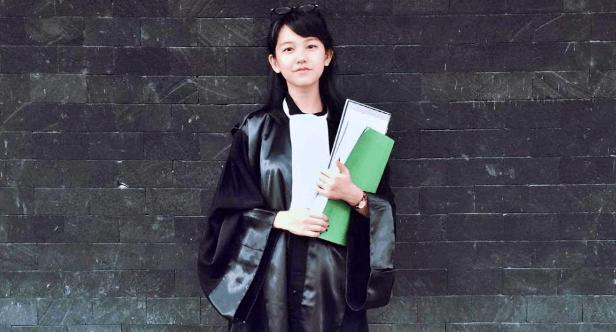 ILUSTRASI : Biaya pengacara atau advokat di Indonesia untuk pendampingan hukum (Foto: Internet)