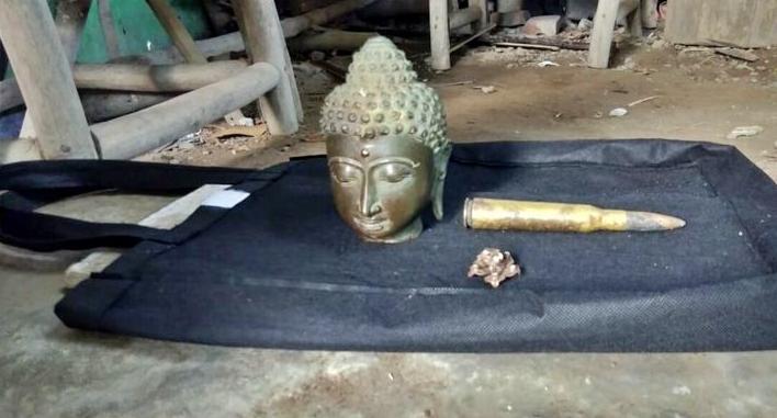 Arca berbentuk kepala budha ditemukan penambang pasir sungai opak