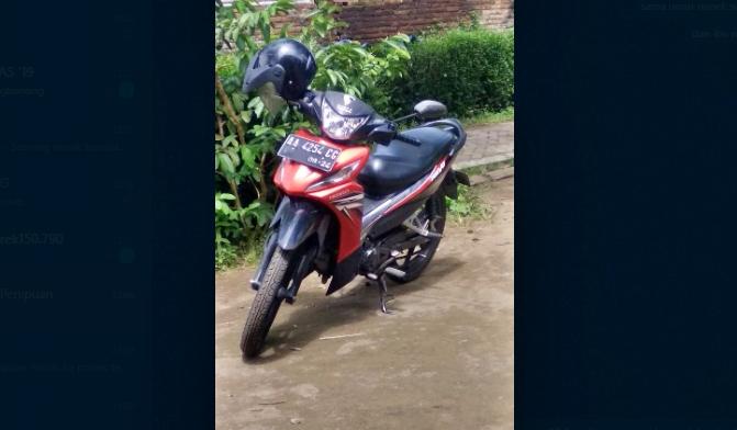 Sepeda Motor Pelaku penipuan seorang nenek di Tempuran