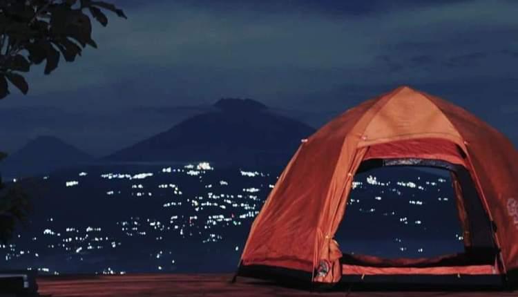 Bisa camping di Tumpeng Menoreh