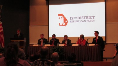Candidates debate at Ogeechee Technical College.