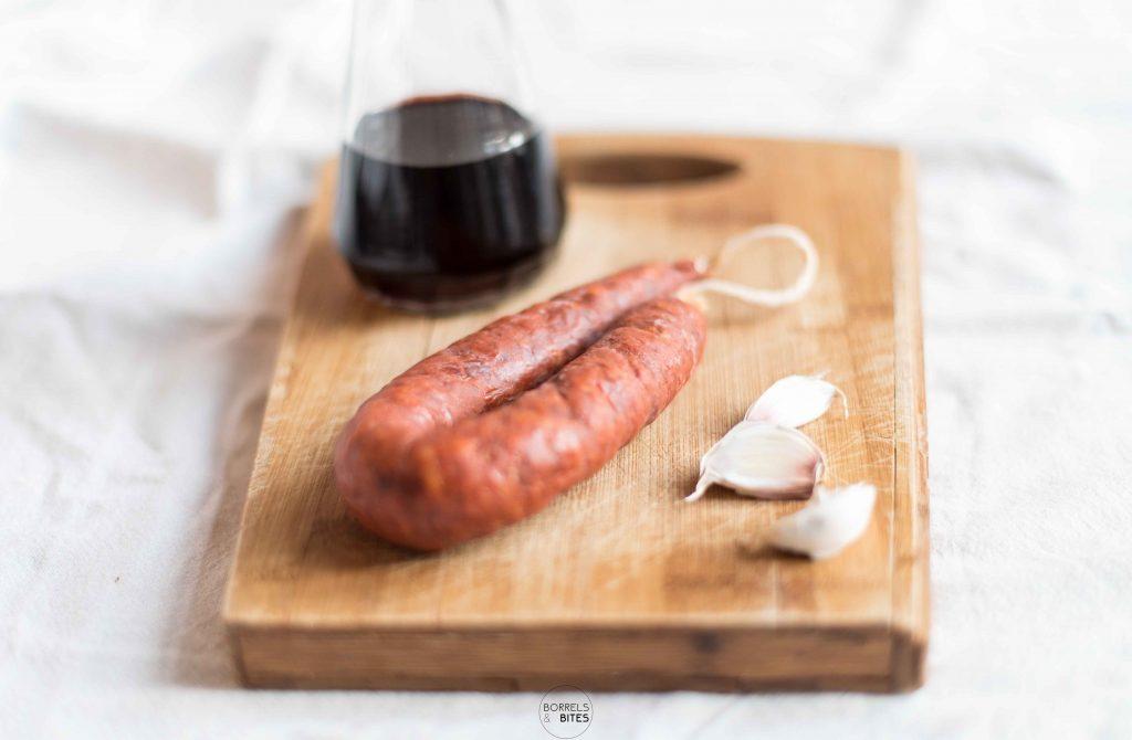 chorizo in rode wijn tapa hapje