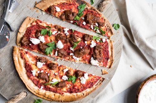 snelle pizza mergeuz feta
