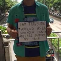 Turistas blancos que mendigan en el sudeste asiático