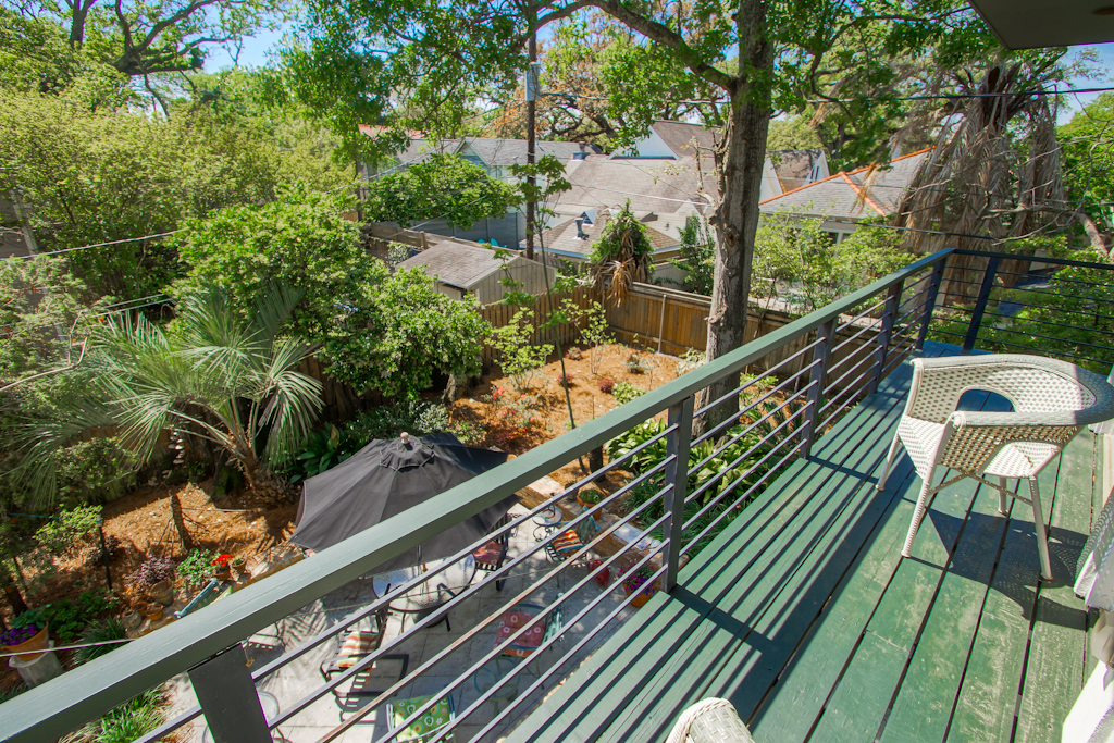 Old Metairie Outdoor Space