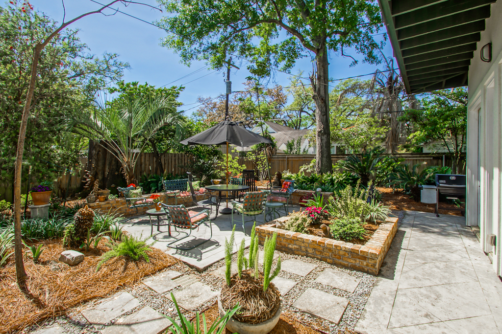 Old Metairie Patio