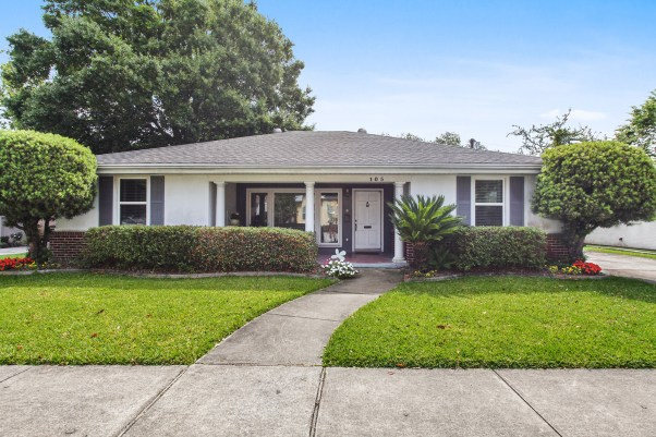 Old Metairie Home For Rent