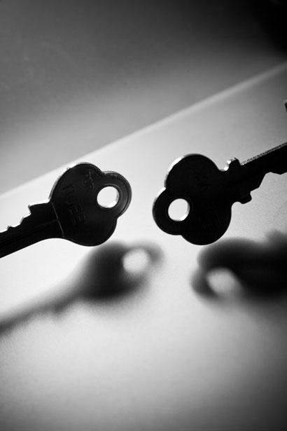 free-photo-two-keys-934-m