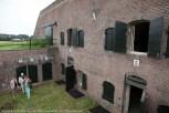 Batterij Poederoijen tijdens Open Monumentenweekend. Met veel geduld, tijd en vakmanschap is dit fort door de Stichting Fort Poederooijen al grotendeels gerestaureerd.