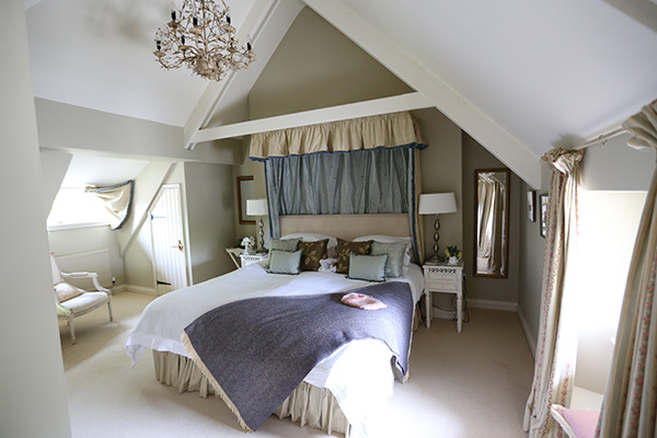 Ring and Thimble bedroom - Boscrowan Farm - Family Friendly Award Winning Self Catering Holiday Cottages