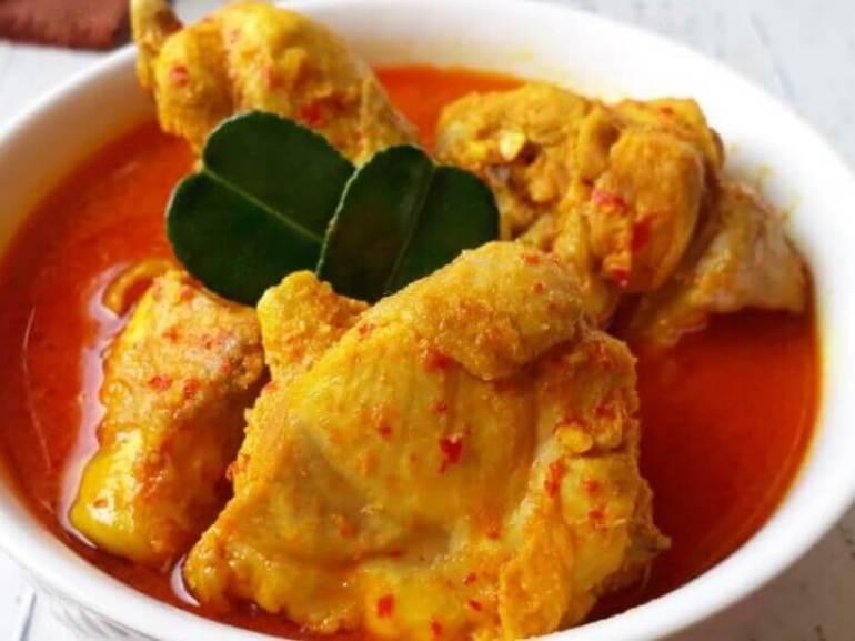 Menu Resep Masakan Rumahan Jawa Tengah yang Pedas Opor Ayam