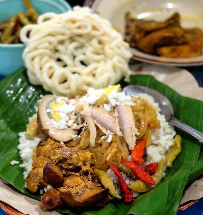 Makanan Khas Jawa Tengah Nasi Liwet