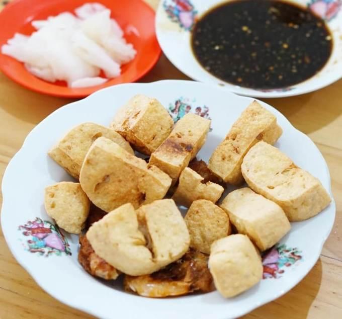 Makanan Khas Semarang Tahu Pong