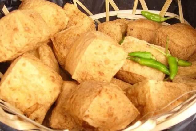 Makanan Khas Cirebon Tahu Kuningan