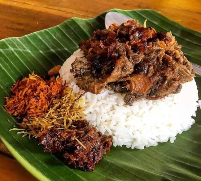 Makanan Khas Jawa Timur Nasi Krawu