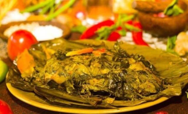 Cara Membuat Makanan Khas Papua barat Ikan Bungkus