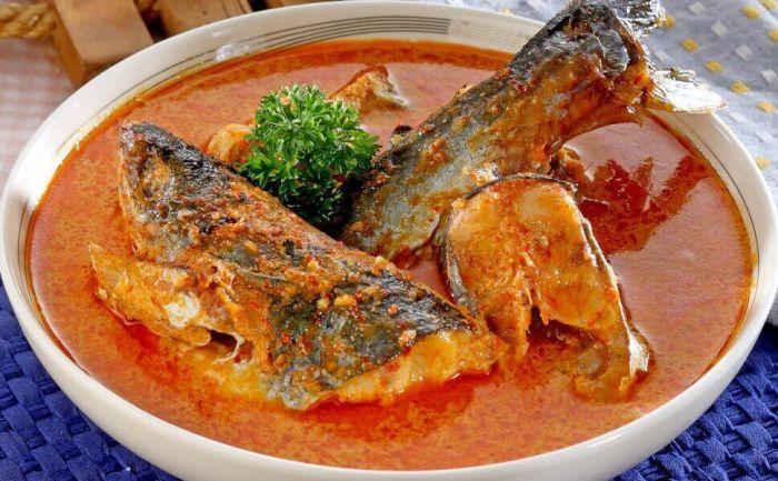 Makanan Khas Riau Gulai Ikan Patin