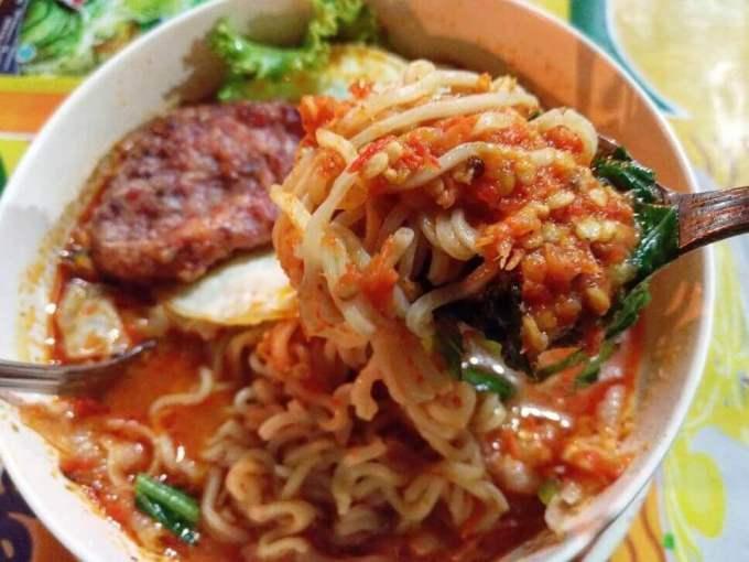 Makanan Khas Surabaya Malam Hari Mie Pecun