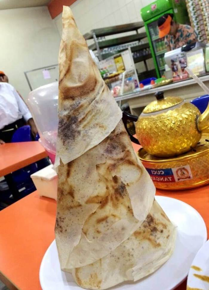 Oleh Oleh Makanan Khas Surabaya Jawa Timur Roti Tissue di Kedai Sabindo
