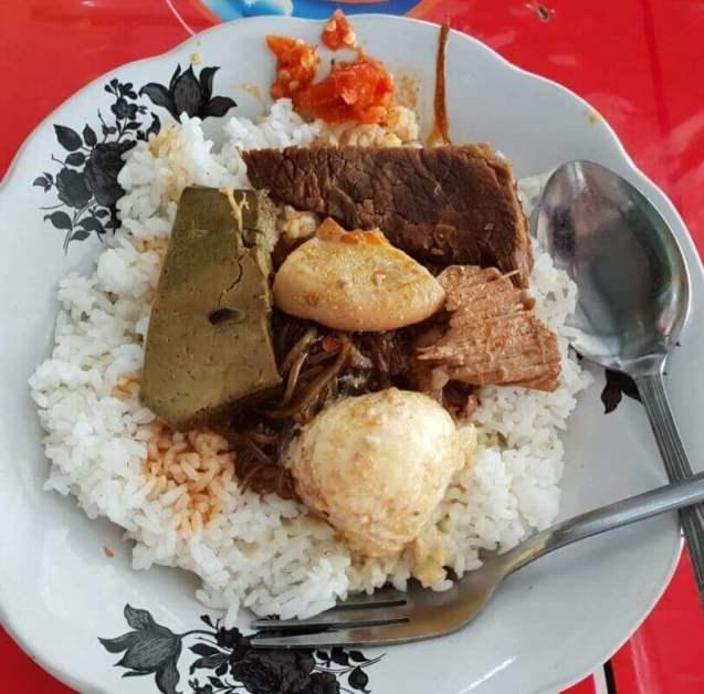 Makanan Khas Madura Nasi Petis