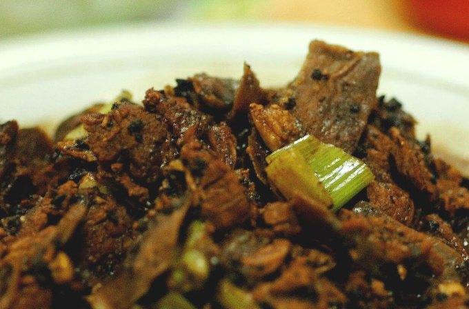 Makanan Khas Toraja Pantollo Lendong