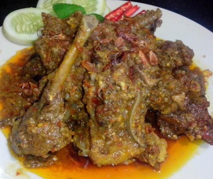 Makanan Khas Bekasi Oblok Tongki