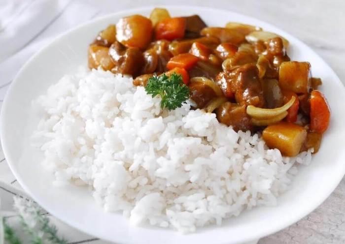 Makanan Khas Jepang Nasi kari