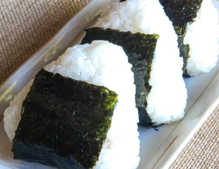 Makanan Khas Jepang Onigiri
