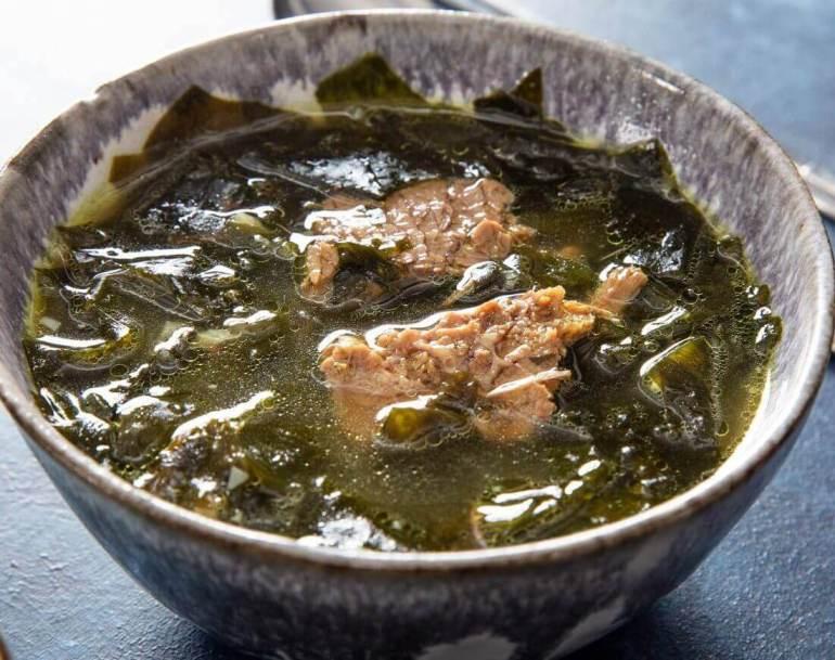 Makanan Khas Korea Miyeok Guk