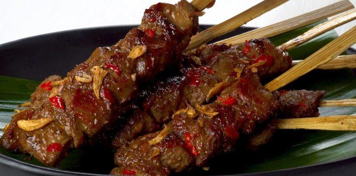 Makanan Khas Lombok Sate Rembiga