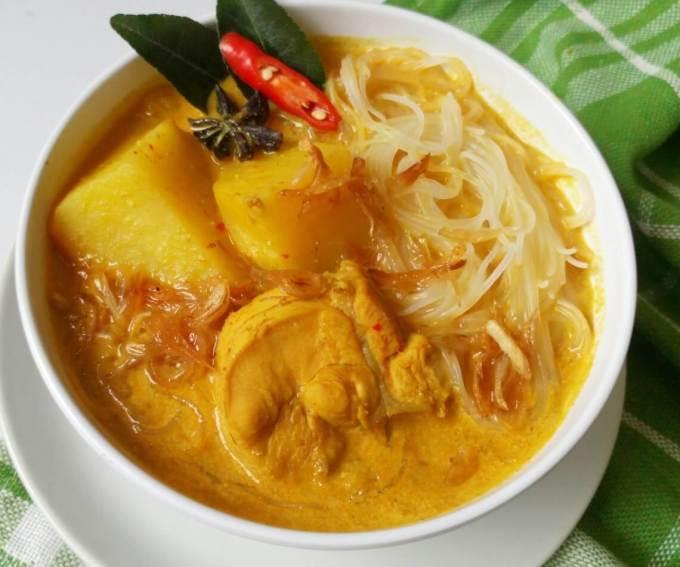 Makanan Khas Medan Kari Bihun Tabona